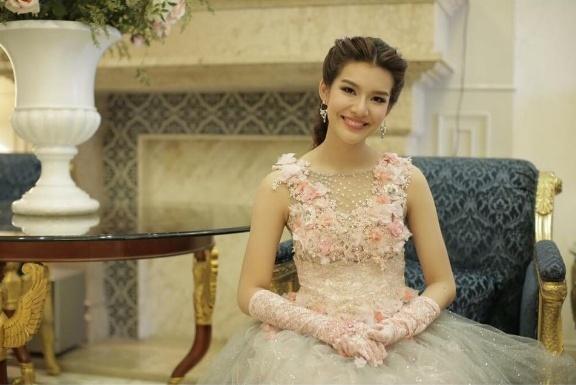 Tan Hoa hau Thai Lan duoc ton vinh la tai sac ven toan hinh anh 5