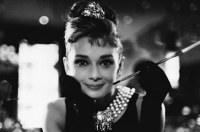 Hoc cach phoi do dang cap nhu Audrey Hepburn hinh anh
