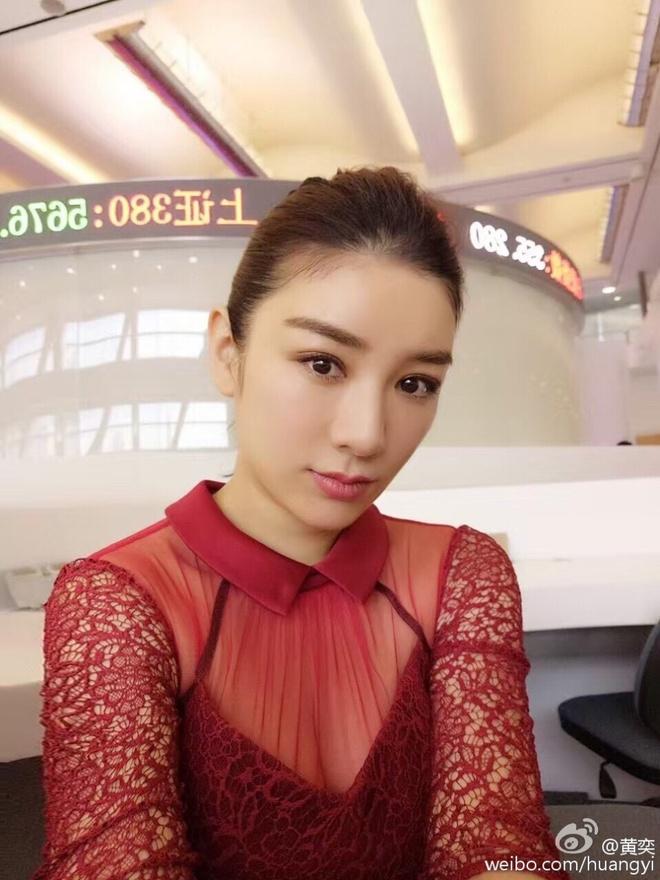 Huynh Dich met moi o san bay hinh anh 5
