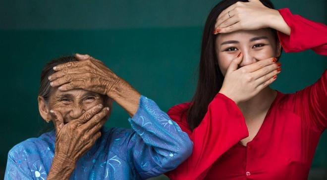 Van Mai Huong dep diu dang duoi ong kinh nhiep anh gia Phap hinh anh