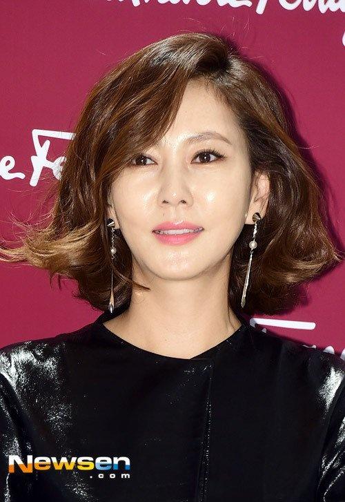 Kim Nam Joo tre trung o tuoi 45 hinh anh 3