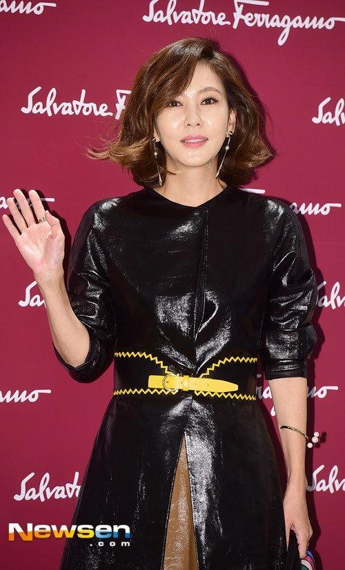 Kim Nam Joo tre trung o tuoi 45 hinh anh 4