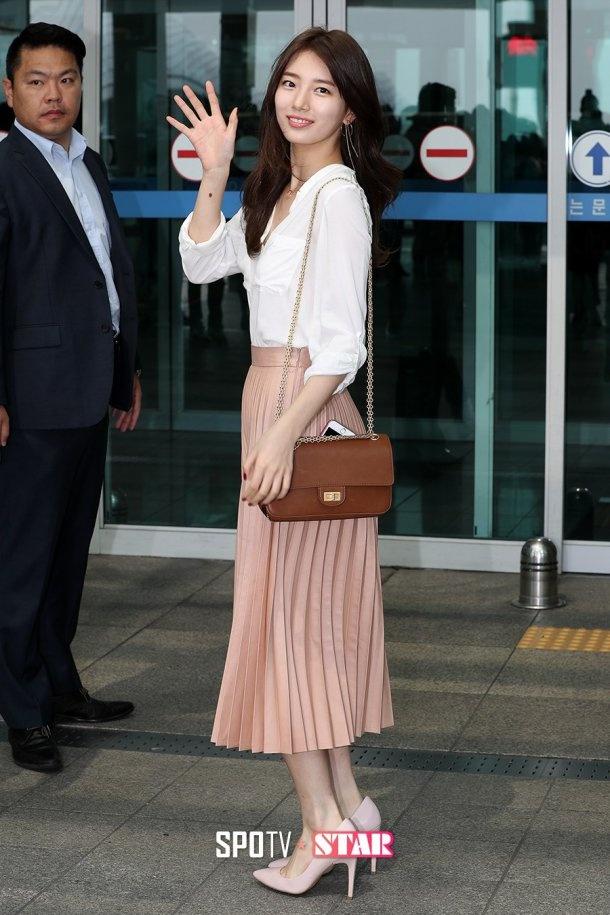 Jun Ji Hyun va Suzy do thoi trang sanh dieu o san bay hinh anh 6