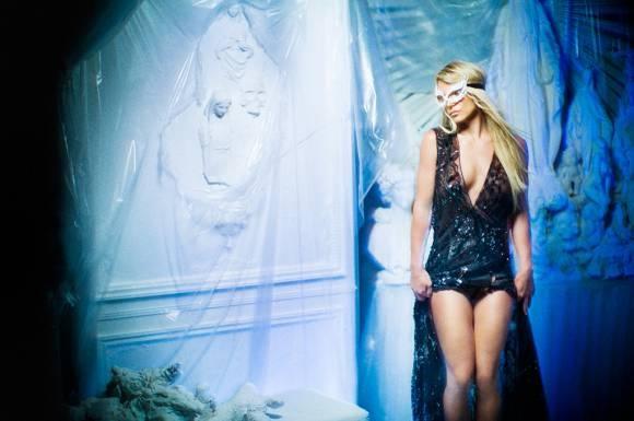 Bo anh moi cua Britney Spears bi che bai tham te hinh anh 2