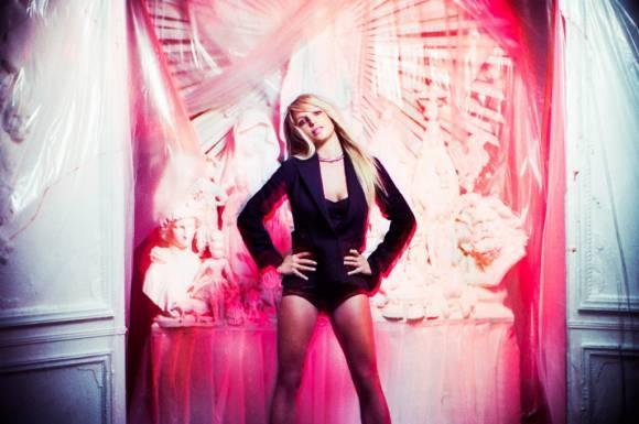 Bo anh moi cua Britney Spears bi che bai tham te hinh anh 7