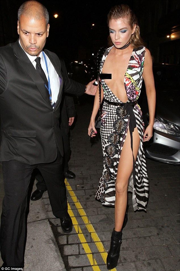 Tinh cu cua Miley Cyrus lo tren ho duoi hinh anh 2