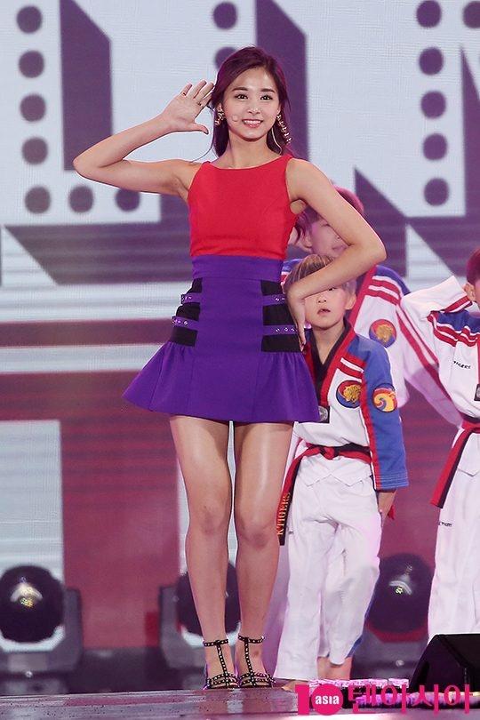 Seolhyun (AOA),  Tzuyu (Twice) va Hani (EXID) hop tac anh 5