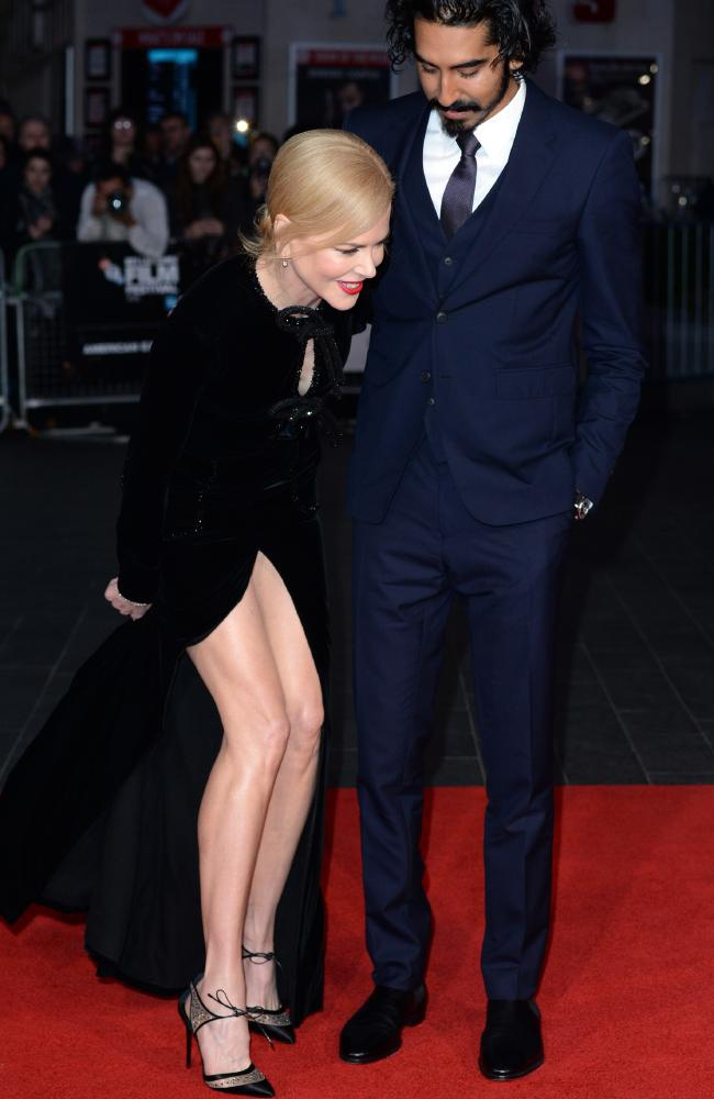 Nicole Kidman boi roi vi dien vay xe sau anh 3