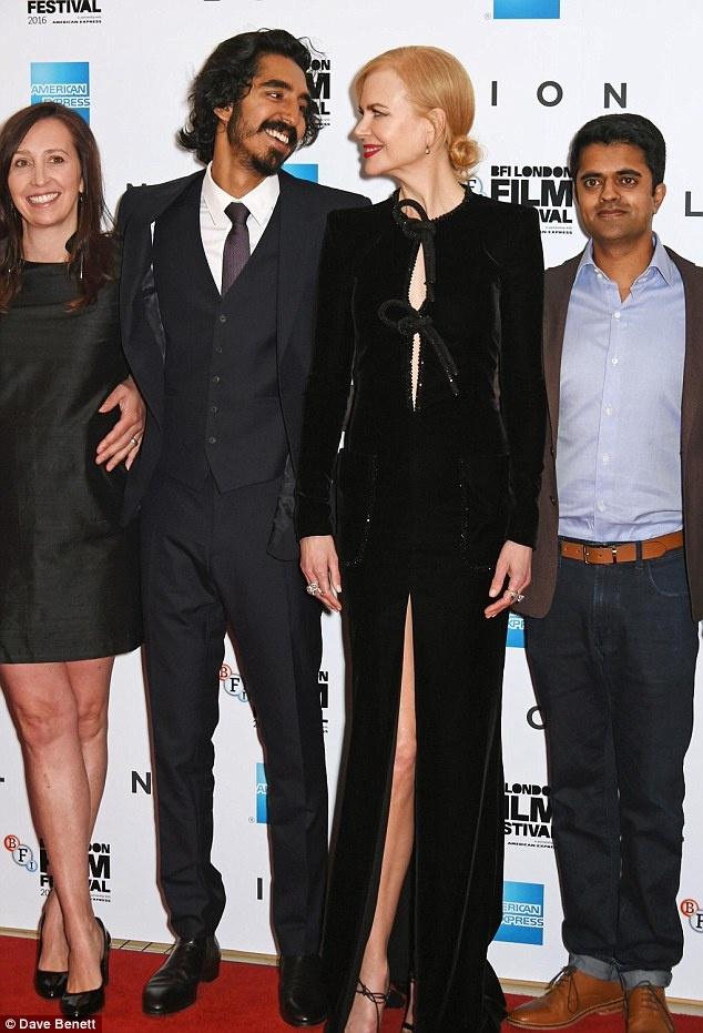 Nicole Kidman boi roi vi dien vay xe sau anh 4