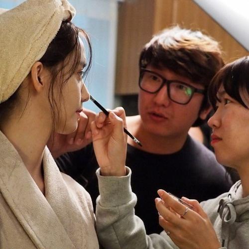 Hau truong phim K2 cua Yoona,  Ji Chang Wook anh 11