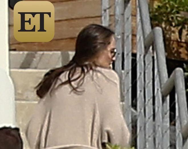 Angelina Jolie xuat hien lan dau sau ly hon hinh anh