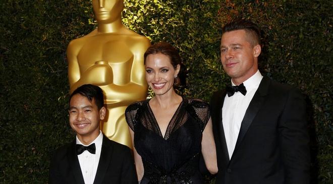 Con trai lon Maddox khong muon gap lai Brad Pitt hinh anh