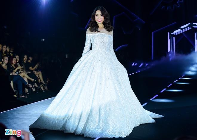 Show dien Chung Thanh Phong: Hao nhoang nhung an toan hinh anh 4