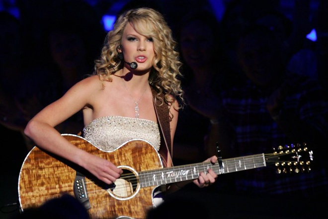 10 nam xay dung de che am nhac cua Taylor Swift hinh anh 3