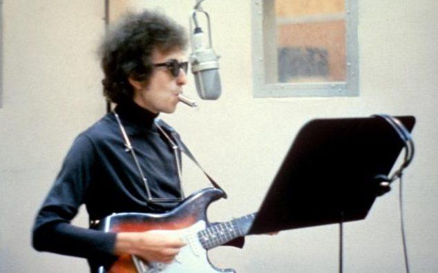 Bob Dylan: 'Giai Nobel lam toi cam nin' hinh anh 2