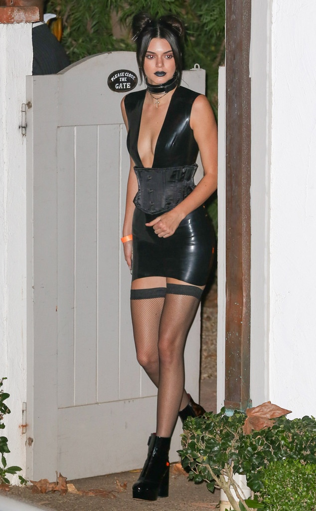 kylie kendall jenner choi halloween anh 1