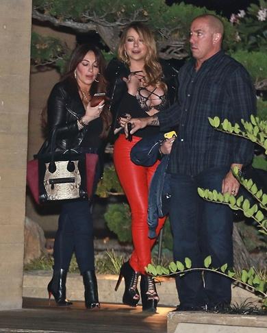 Trum casino phai tra tinh phi 50 trieu USD cho Mariah Carey? hinh anh 2