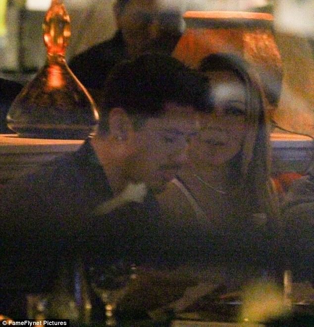 Mariah Carey hen ho bo tre sau khi huy hon ty phu hinh anh 3