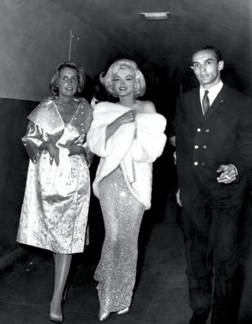 Chiec vay huyen thoai cua Marilyn Monroe co gia tram ty hinh anh 6