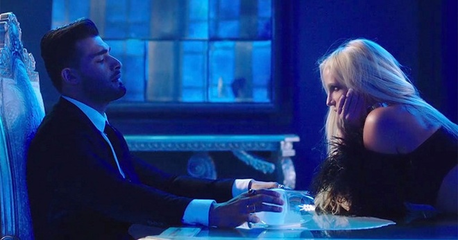 Britney Spears lan dau tiet lo ve ban trai kem 13 tuoi hinh anh