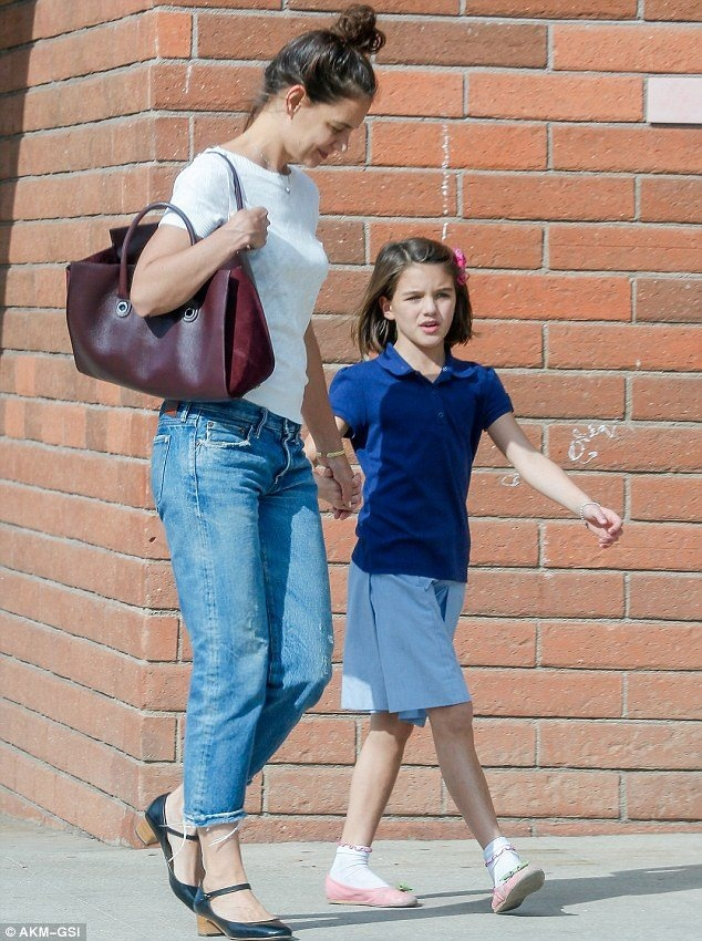 con gai Tom Cruise,  Katie Holmes anh 8