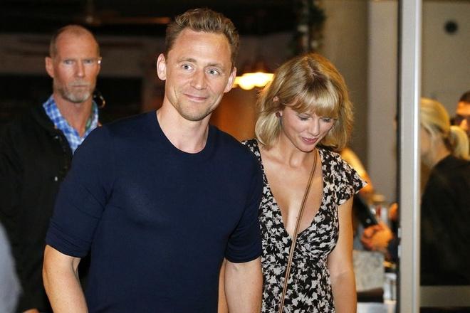 Tom Hiddleston lan dau noi ve tinh yeu voi Taylor Swift hinh anh