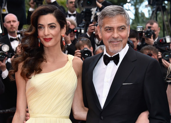 Vo tai tu George Clooney mang bau song thai o tuoi 40 hinh anh 1