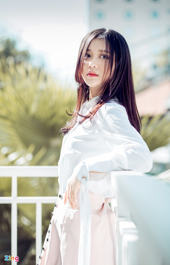 Hot girl Han o The Voice: 'Em khong lam ban sao Hari Won' hinh anh 1