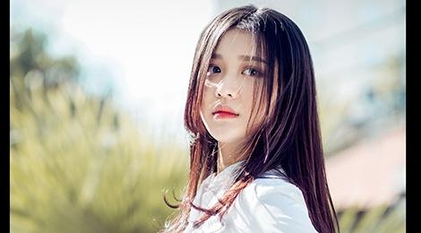 Hot girl Han o The Voice: 'Em khong lam ban sao Hari Won' hinh anh