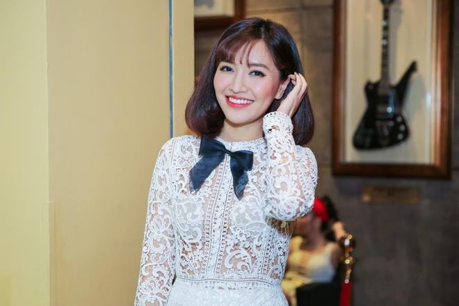 Bich Phuong nu tinh, Huong Giang Idol quyen ru du su kien hinh anh 1