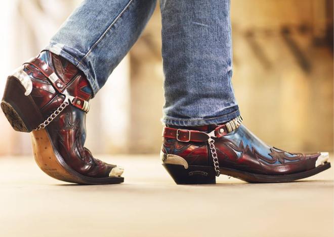Boots: Chut gai goc tao nen ve phong tran hinh anh 2