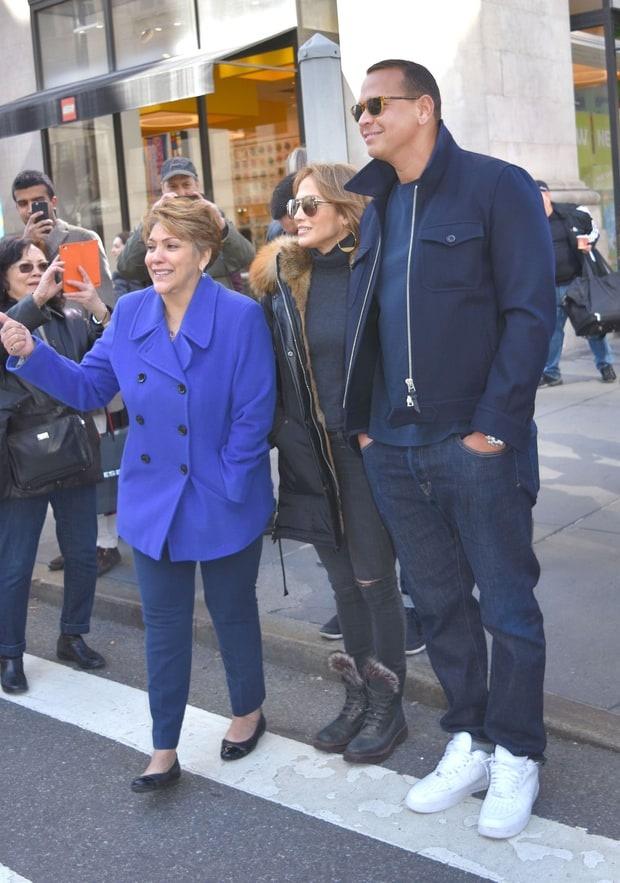 Jennifer Lopez muon lay chong lan thu tu hinh anh 2