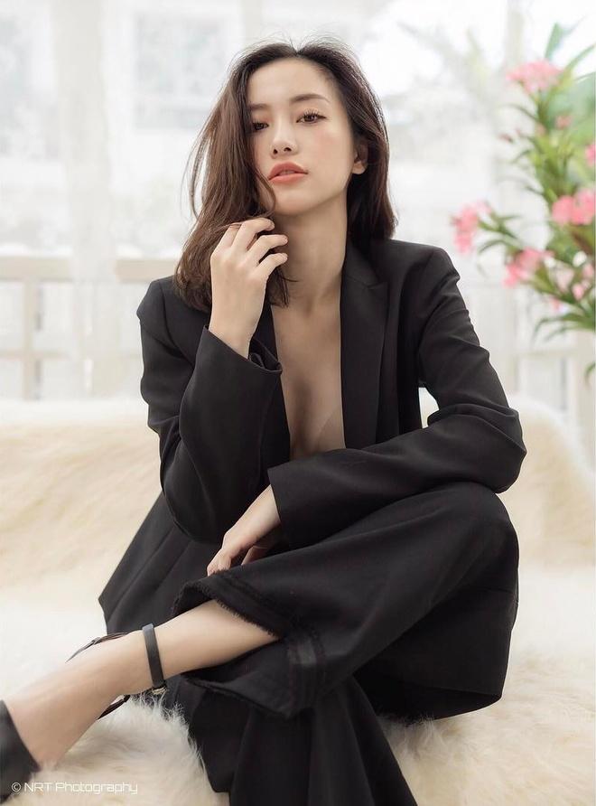 Gout thoi trang hien dai cua hot girl Jun Vu hinh anh 4