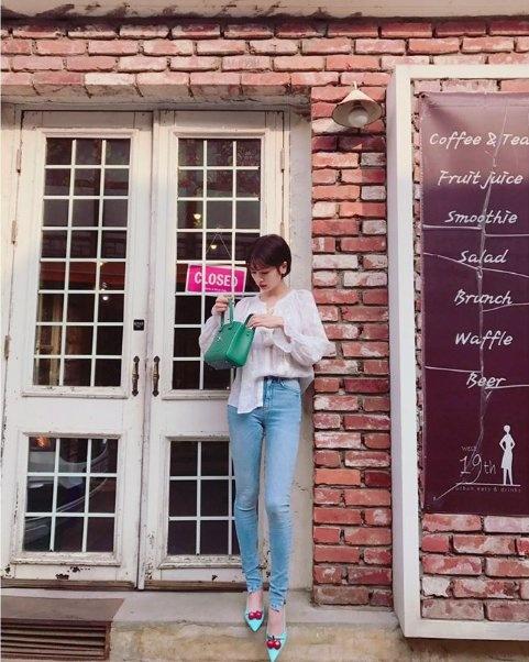 Canh Diem dien street style an tuong nhat dan sao Hoa - Han tuan qua hinh anh 4