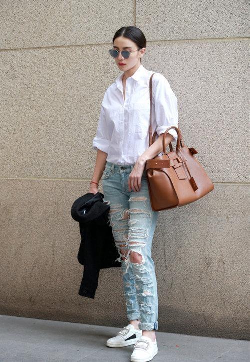 Sao Hoa ngu mac jeans rach anh 9