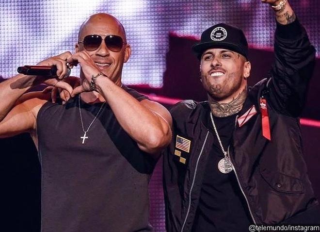 Vin Diesel tai le trao giai Billboard Latin Music Awards 2017 hinh anh