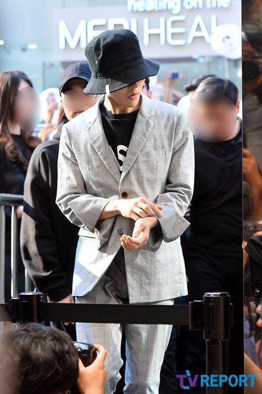 G-Dragon khien ca khu pho thu do Han Quoc tac nghen hinh anh 1