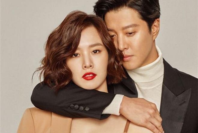 Xu huong yeu dong nghiep no ro trong showbiz Han hinh anh 2