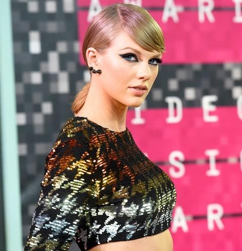 Taylor Swift o an vi xau ho anh 2