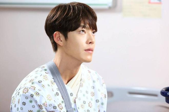 Su nghiep dang thang hoa cua Kim Woo Bin truoc khi mac benh ung thu hinh anh 10