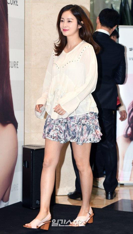 Kim Tae Hee dien ao rong giau bung bau hinh anh 2