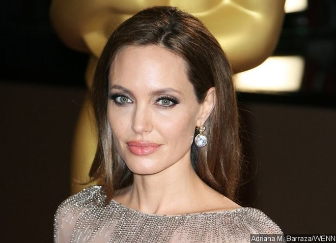 Angelina Jolie duoc nham vai 'co dau cua Frankenstein' hinh anh 1