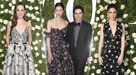 Trang phuc hoa la chiem linh tham do Tony Awards 2017 hinh anh