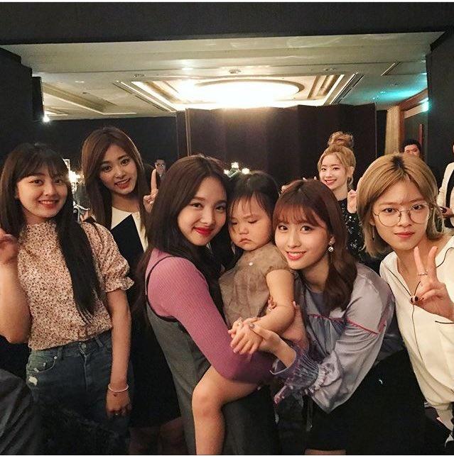Dan sao nha JYP co mat trong dam cuoi cua CEO Jungwook hinh anh 4