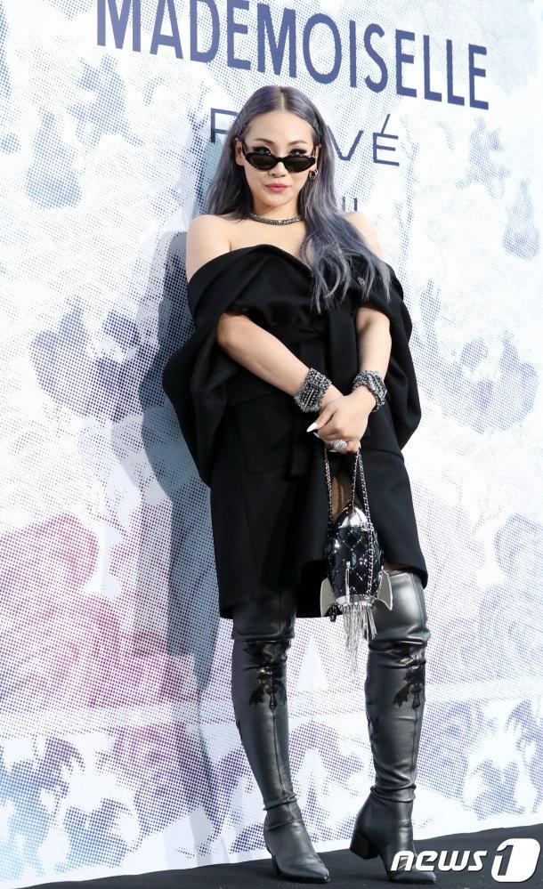 Nu rapper CL mac ho henh o su kien thoi trang anh 1