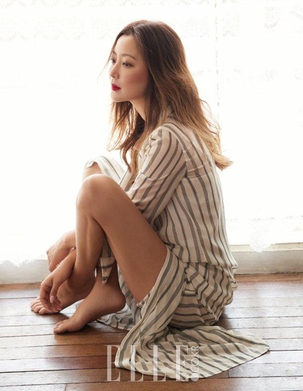 Kim Hee Sun sang chanh tren truong quay phim moi hinh anh 8