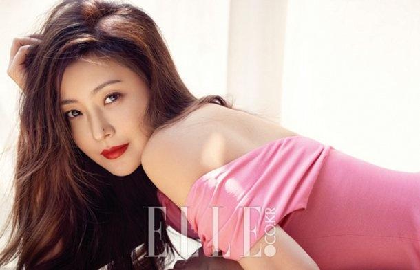Kim Hee Sun sang chanh tren truong quay phim moi hinh anh 6