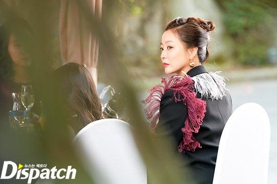 Kim Hee Sun sang chanh tren truong quay phim moi hinh anh 1