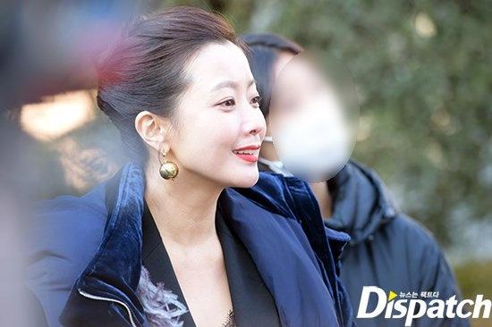 Kim Hee Sun sang chanh tren truong quay phim moi hinh anh 5