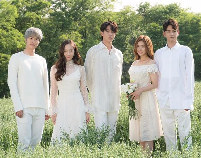 Shin Se Kyung va kieu nu Kpop Krystal lam tinh dich trong phim moi hinh anh 1
